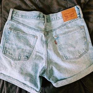 Levi's 501 medium wash shorts